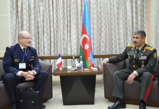 Azerbaijan mulls military-technical cooperation with France, Russia (PHOTO)