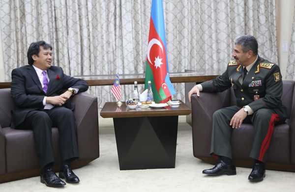 Azerbaijani defense minister meets representatives of several countries' armed forces - Gallery Image