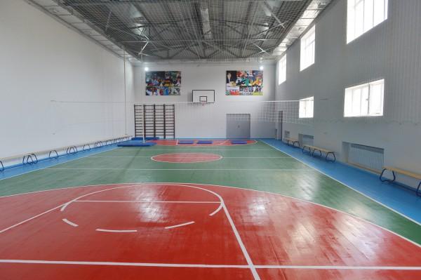 President Ilham Aliyev reviewed school-lyceum No. 72 and secondary school No. 80 in Baku - Gallery Image