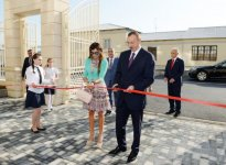 Azerbaijani president, his spouse attend opening of new building of school in Baku - Gallery Thumbnail