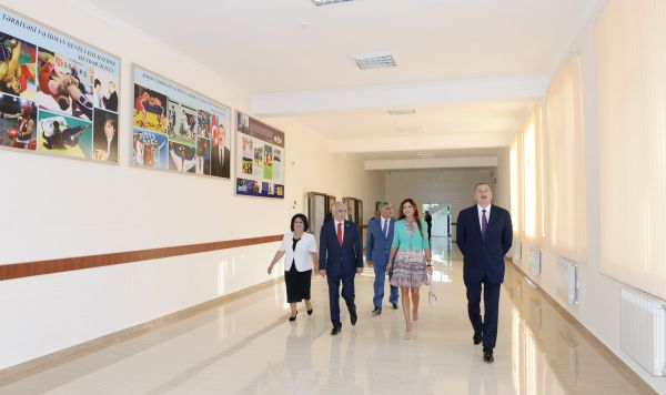 Azerbaijani president, his spouse attend opening of new building of school in Baku