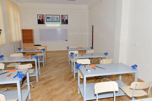 Prezident İlham Əliyev: Azərbaycanın uğurlu gələcəyi cəmiyyətin intellektual potensialından asılıdır (FOTO) - Gallery Image