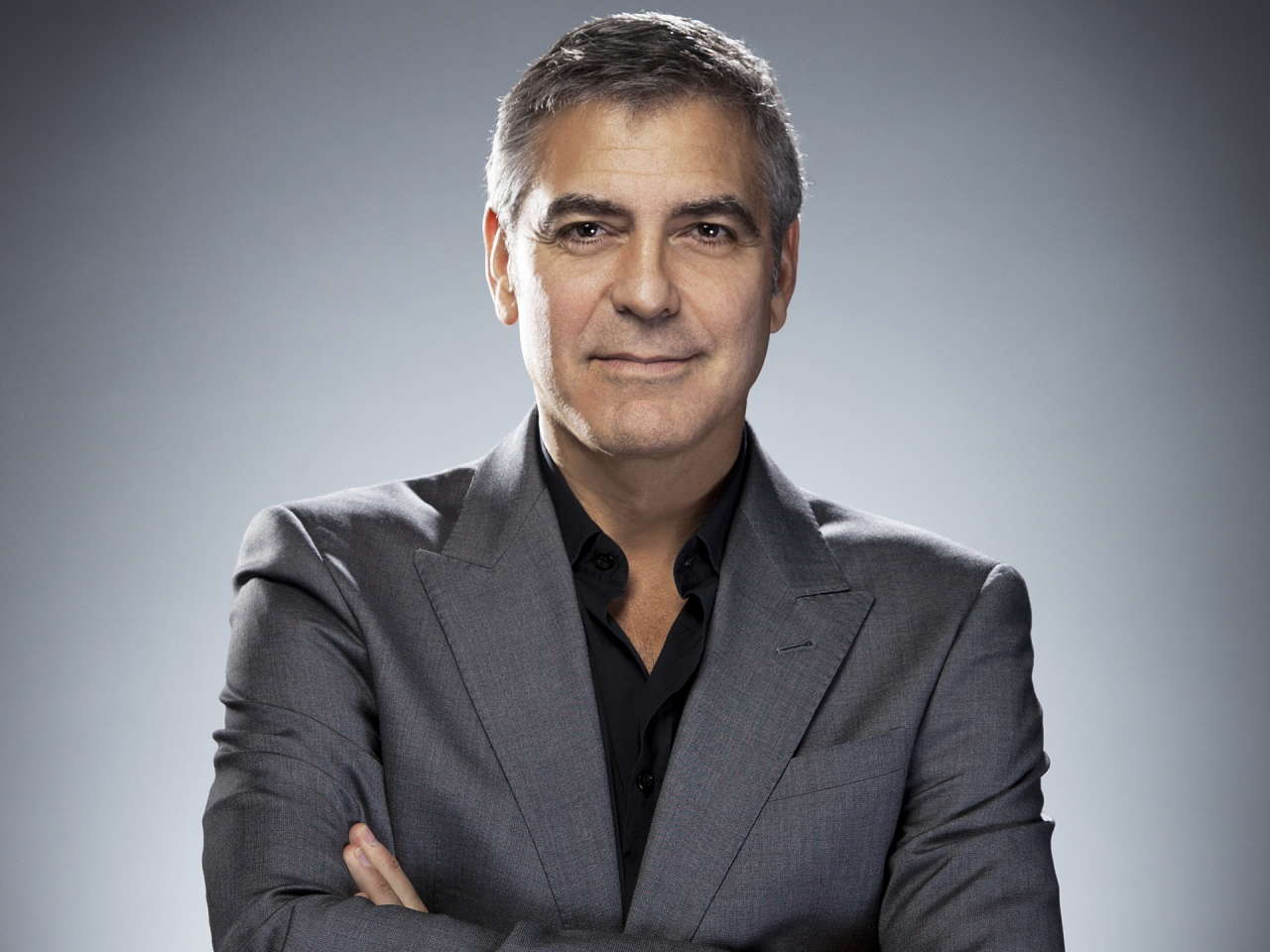 Clooney marries human rights lawyer in Venice