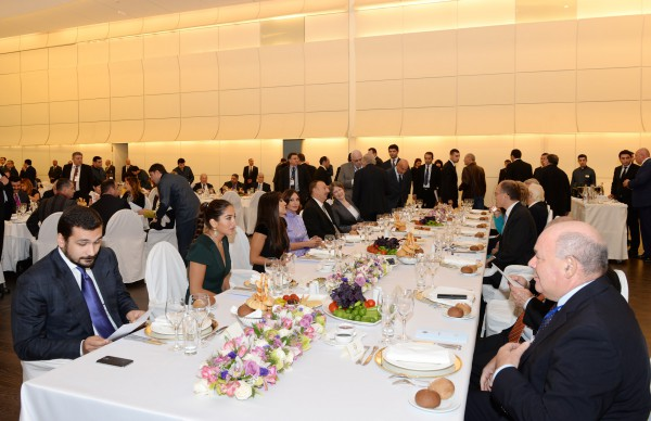 Dinner reception hosted on behalf of Azerbaijani President in honor of fourth Baku International Humanitarian Forum participants (PHOTO) - Gallery Image