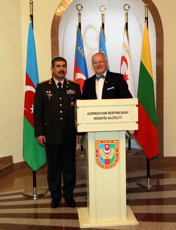 Azerbaijan, Lithuania discuss military cooperation (PHOTO) - Gallery Image