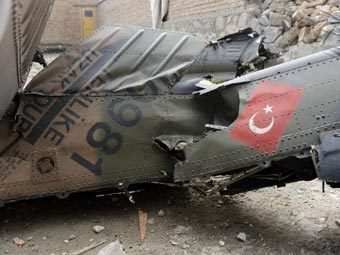 Military helicopter crashes in Turkey, leaves 4 dead