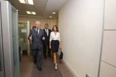 Azerbaijani first lady familiarizes with conditions created at BEGOC office - Gallery Thumbnail