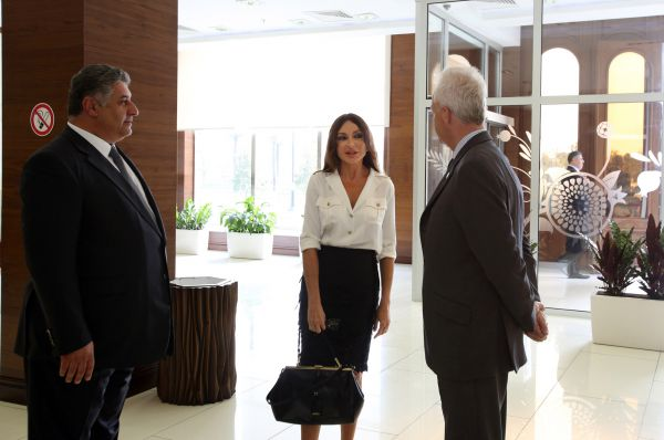 Azerbaijani first lady familiarizes with conditions created at BEGOC office