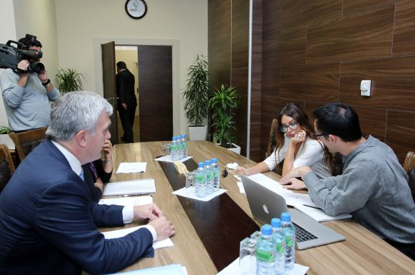 Azerbaijani first lady familiarizes with conditions created at BEGOC office - Gallery Image