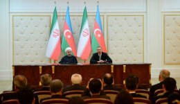 Azerbaijani, Iranian presidents hold one-on-one meeting (PHOTO) - Gallery Thumbnail