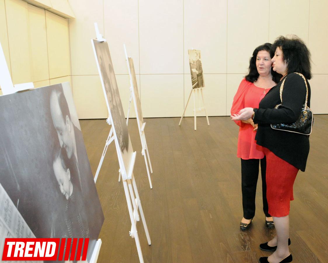 В Центре Гейдара Алиева состоялась торжественная презентация книги, посвященной выдающемуся композитору Фикрету Амирову (ФОТО) - Gallery Image
