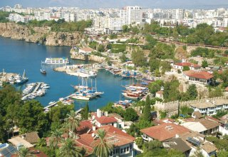 Foreigners begin to buy more real estate in Turkey