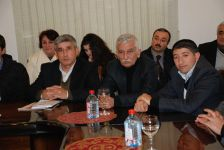 Azərbaycan Yazıçılar Birliyi Gəncə bölməsi Qərib Mehdinin yeni kitablarının təqdimatını keçirib (FOTO) - Gallery Thumbnail