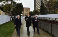 Azerbaijani president reviews construction at fountain and waterfall complex in Khatai - Gallery Thumbnail