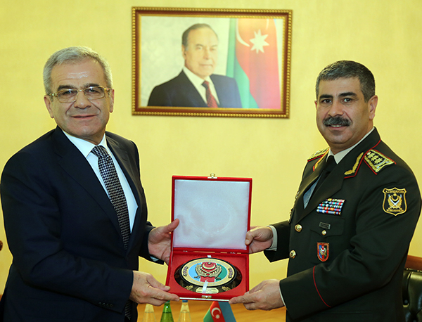 Azerbaijan, Turkey discuss military cooperation prospects (PHOTO) - Gallery Image