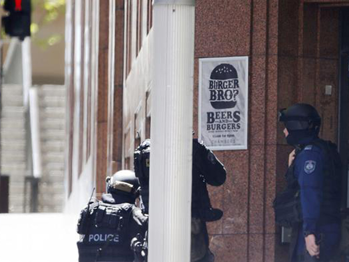 Sydney siege ends in blood: prayers for victims