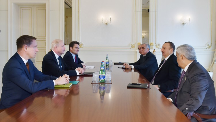 Azerbaijani president receives BP Group Chief Executive (PHOTO) - Gallery Image