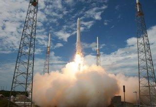 SpaceX осуществила запуск ракеты-носителя с 60 спутниками Starlink