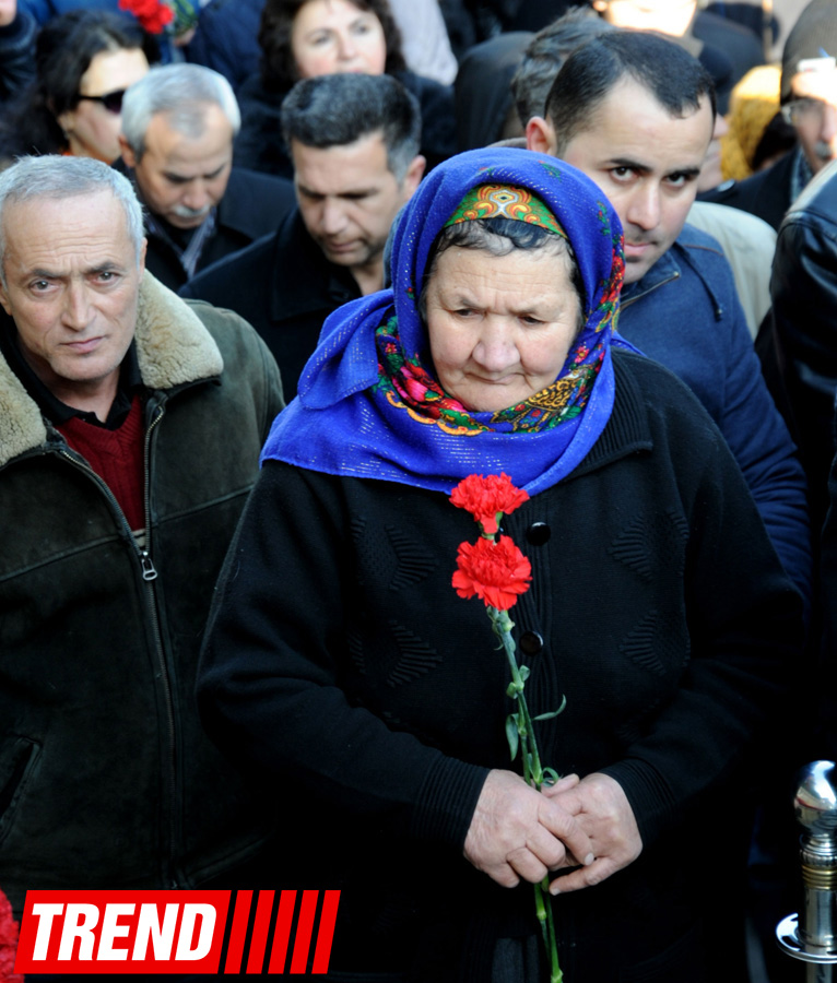 Azerbaijani public honors January 20 tragedy victims' blessed memory (PHOTO) - Gallery Image