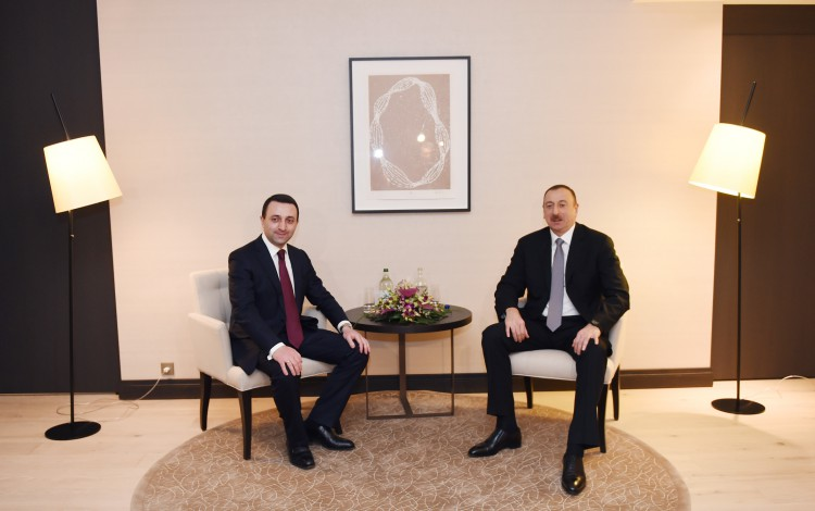 President Ilham Aliyev meets Georgian PM, discusses energy projects (PHOTO) - Gallery Image