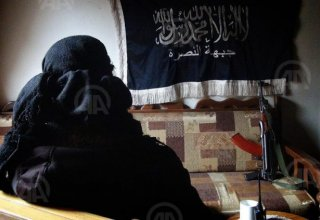ISIL threatens to kill 2 foreign hostages in 24 hrs