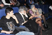 """""""Ay Brilliant"""", или Как мафиози преследовали азербайджанских звезд (ФОТО-ВИДЕО) - Gallery Thumbnail"""