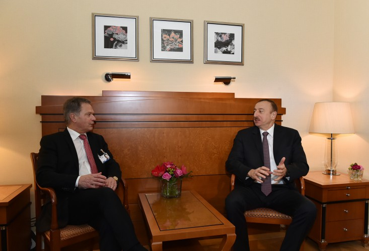 President Aliyev meets with president of Finland in Munich (PHOTO) - Gallery Image
