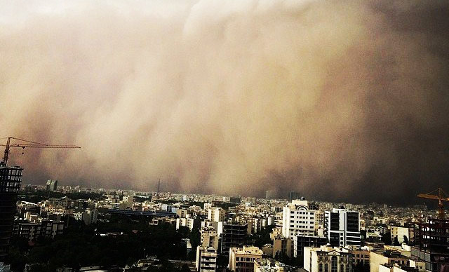 Dust storm disrupts life in western Iran