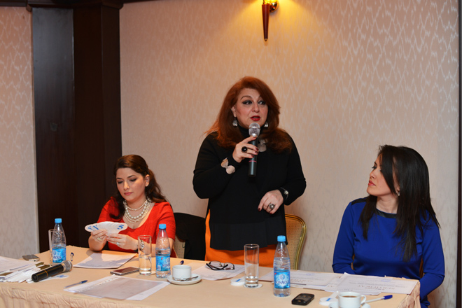 Excelsior Hotel Baku hosts poem competition (PHOTO)