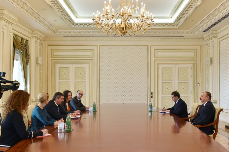 Ilham Aliyev receives delegation led by EU special rep for human rights