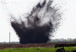 Mine explosion in Karabakh injures Russian officer on search mission