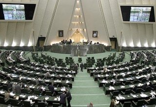 Iranian parliament shares grief of relatives of victims of Khojaly tragedy