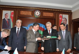 Russia to deliver nearly 3,000 freight cars to Azerbaijan (PHOTO)