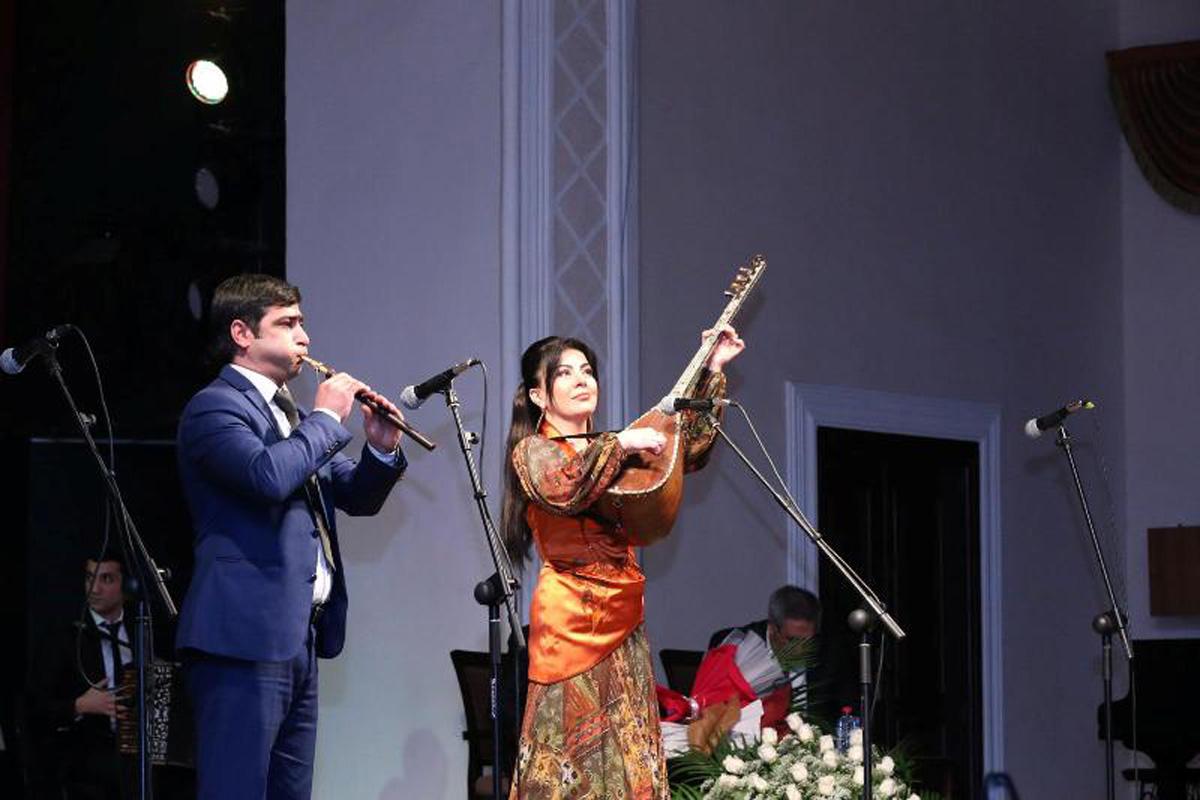 Юбилей ашуга Ахлимана отметили праздничным концертом (ФОТО) - Gallery Image