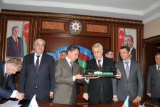 Russia to deliver nearly 3,000 freight cars to Azerbaijan (PHOTO) - Gallery Thumbnail