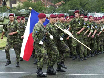 Czech Republic set to use army guarding borders from refugees