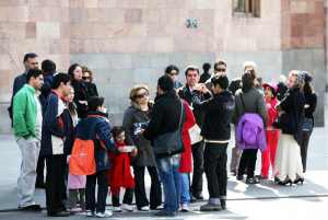 Annually 800,000 foreign tourists visit Iran's Ardabil