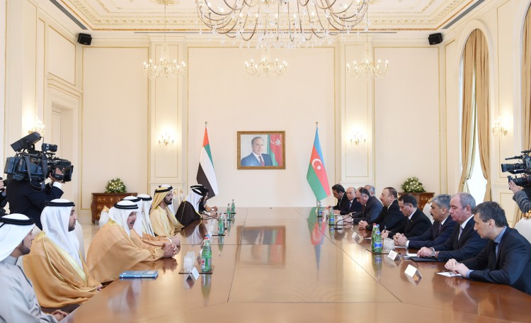 Ilham Aliyev, UAE vice president and PM hold expanded meeting (PHOTO)