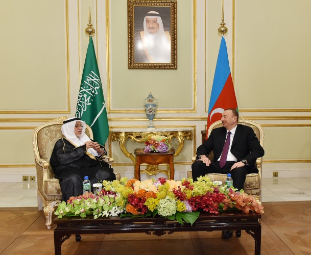 President Ilham Aliyev meets Chairman of the Council of Saudi Chambers (PHOTO) - Gallery Image