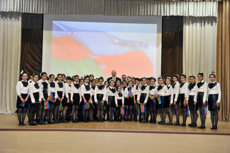 President Ilham Aliyev reviewed the Culture Center in Lankaran after major overhaul (PHOTO)