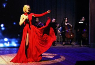 Потрясающее шоу-спектакль Полины Гагариной в Баку (ФОТО)