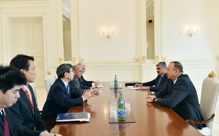 Ilham Aliyev meets ADB president, sides talk over joint projects