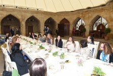 Dinner reception hosted on behalf of Mehriban Aliyeva in honour of spouses of participants of ADB Governors' 48th Annual Meeting - Gallery Thumbnail