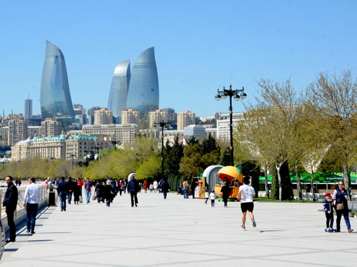 DAİB heyeti Azerbaycan'da