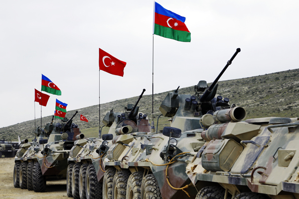 Azerbaijani, Turkish armed forces continue joint drills (VIDEO)