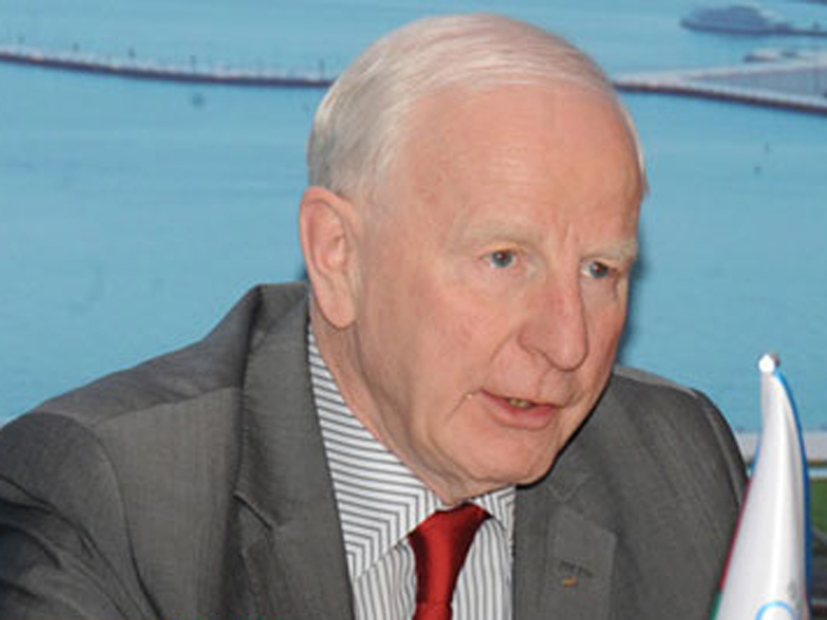 European Olympic Committee president awarded with Sharaf Order