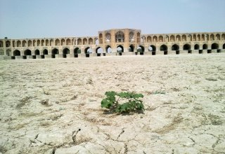 Recovering Iran's lost groundwater reserves impossible