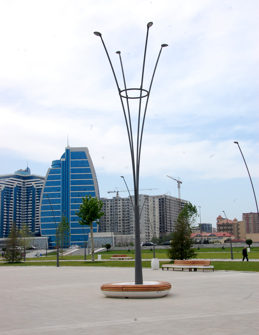 Baku White City: walking along the boulevard (PHOTO) - Gallery Image