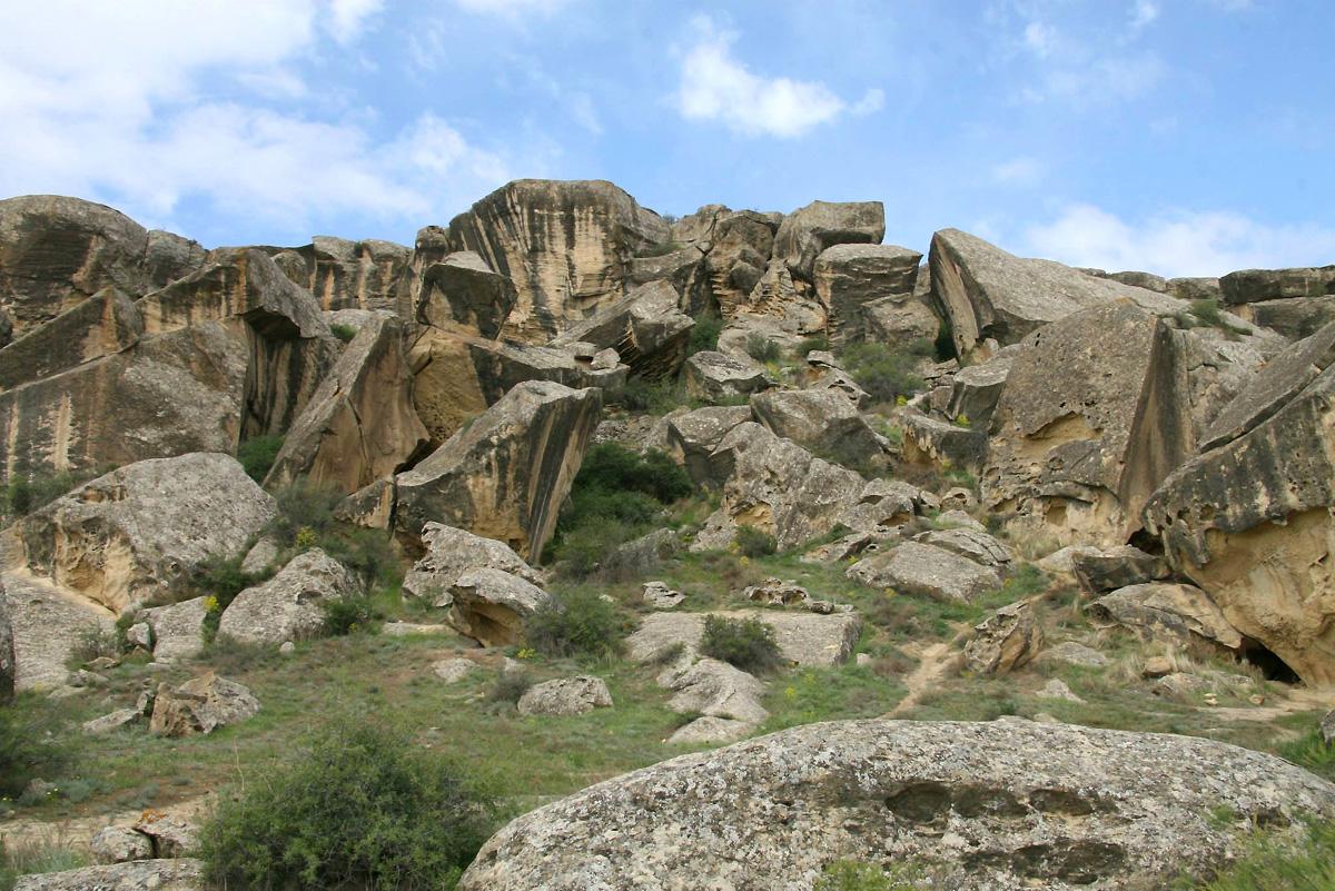 Bakı 2015: Azərbaycanın qədim tarixinin şahidi – Qobustan (FOTO) - Gallery Image