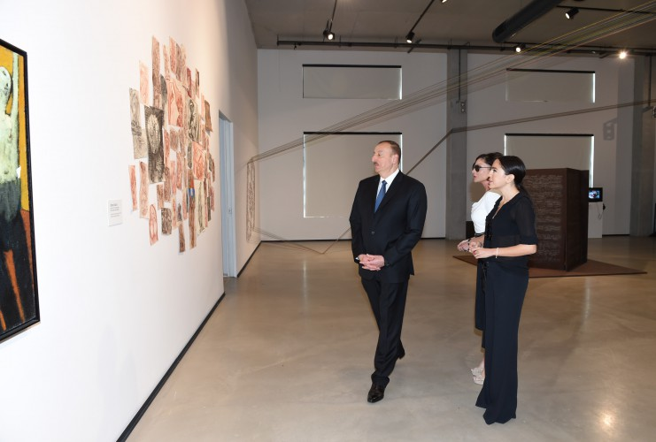 President Ilham Aliyev, his spouse review first permanent place of YARAT Contemporary Art Center (PHOTO)